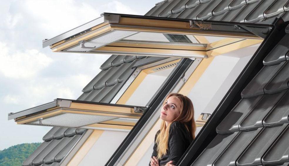 мансардные окна с двумя поворотами створки в Одессе. Фото 2.